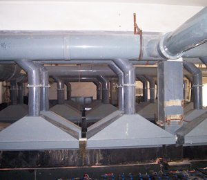 北京公交集团保修分公司三厂,SDG吸附剂酸废气净化工程,干式酸雾吸收器